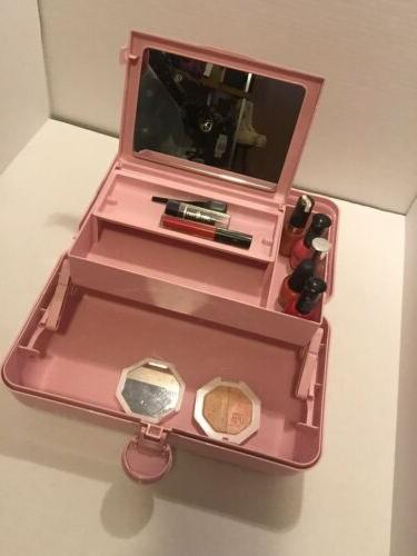 Caboodles Rare On The Girl Classic Case