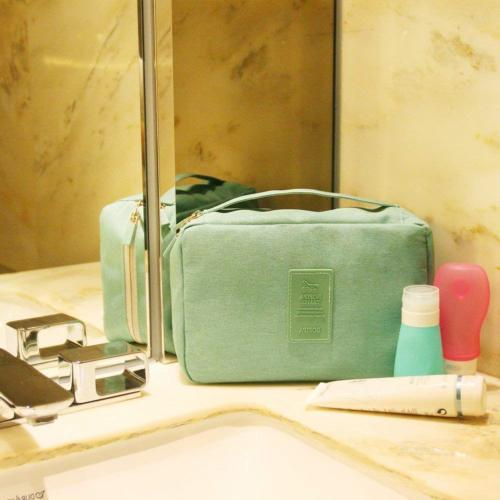 Toiletry Bag Sturdy Hanging for
